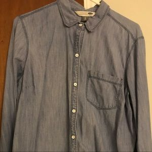 Women's Old Navy Chambray button down shirt